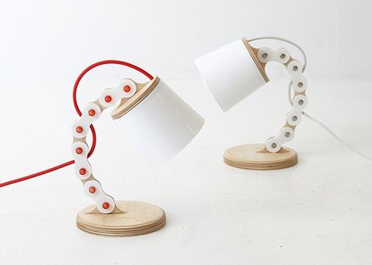B-chain lamp by Cho Hyung Suk