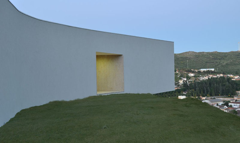 Jorge Guede's House by 100 Planos 3