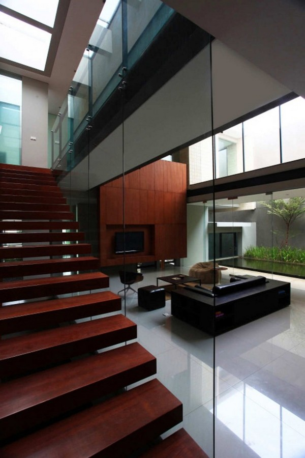 Tan Residence Chrystalline Architect 12