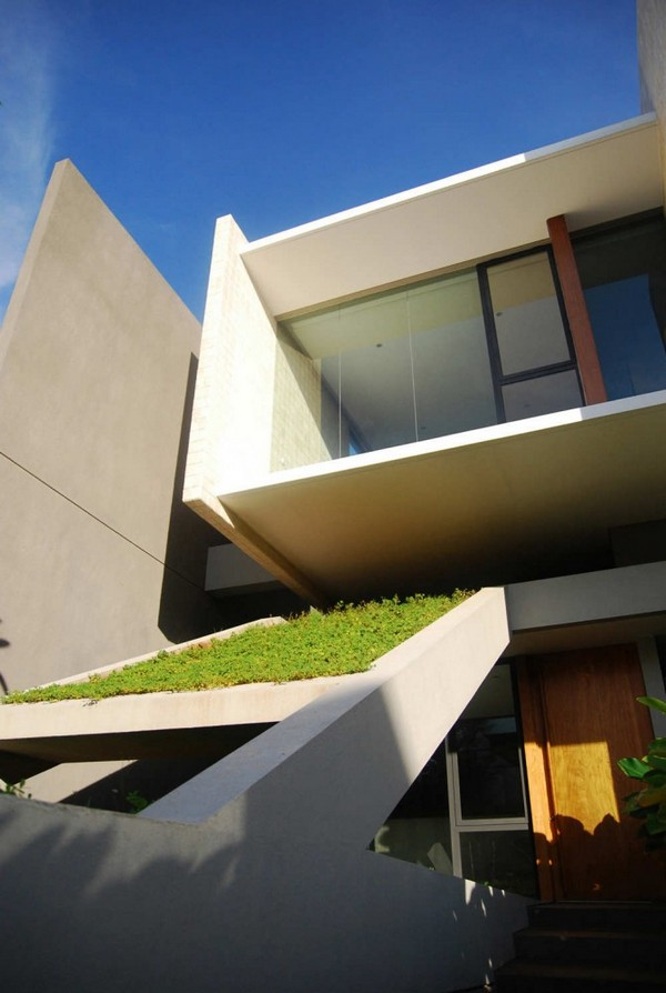 Tan Residence Chrystalline Architect 3