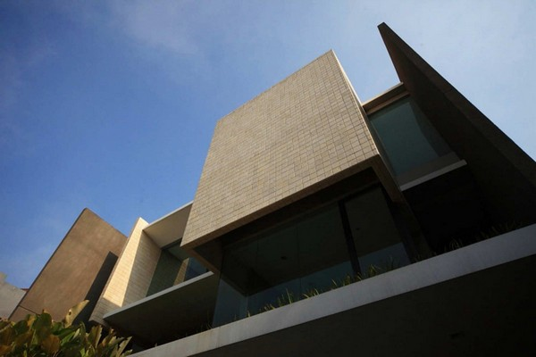 Tan Residence Chrystalline Architect 5