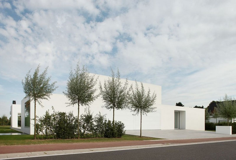 Villa V in T by Beel & Achtergael Architects 4