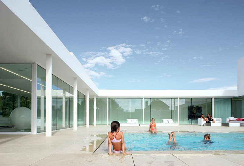 Villa V in T by Beel & Achtergael Architects 8