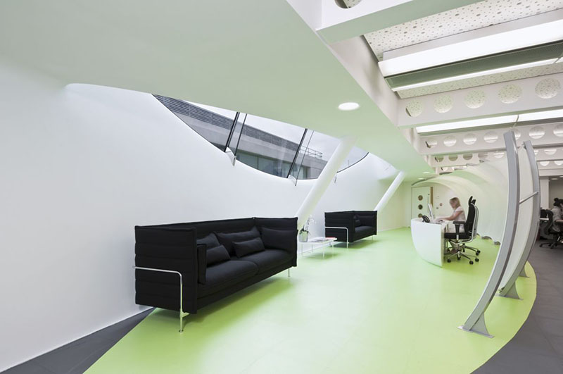 Dentsu London office interiors by Essentia Designs 2