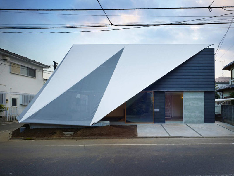 House in Kodaira by Suppose Design Office 1