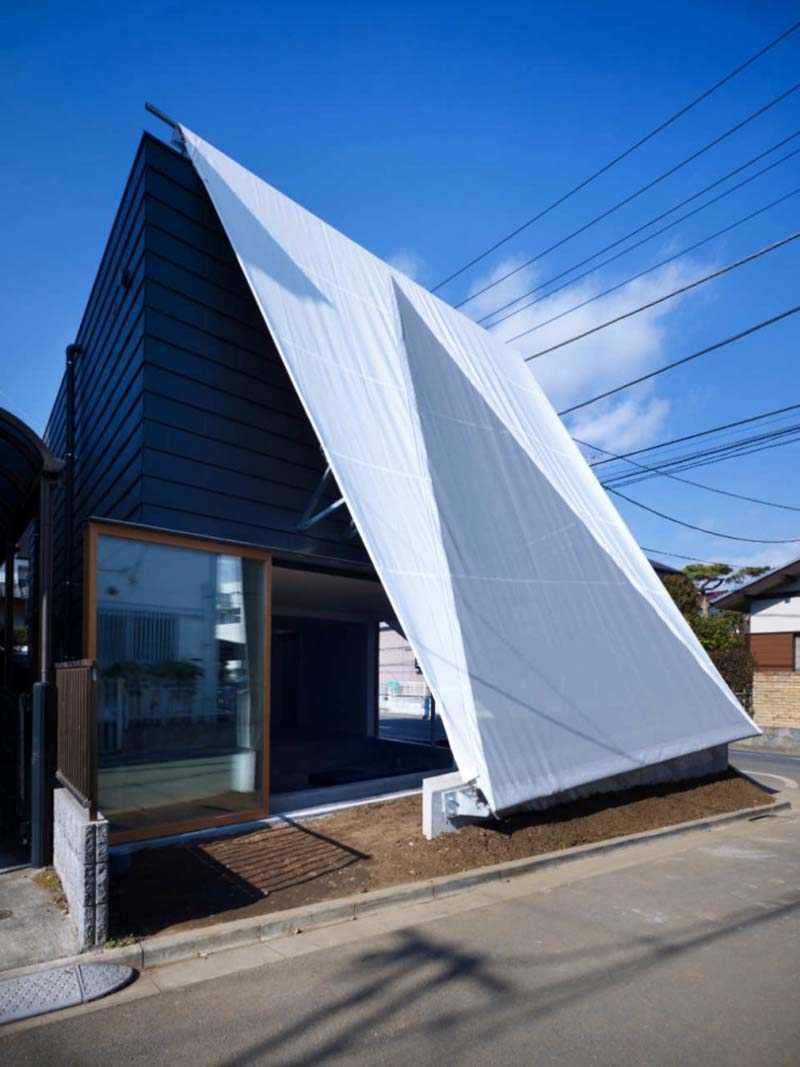 House in Kodaira by Suppose Design Office 3