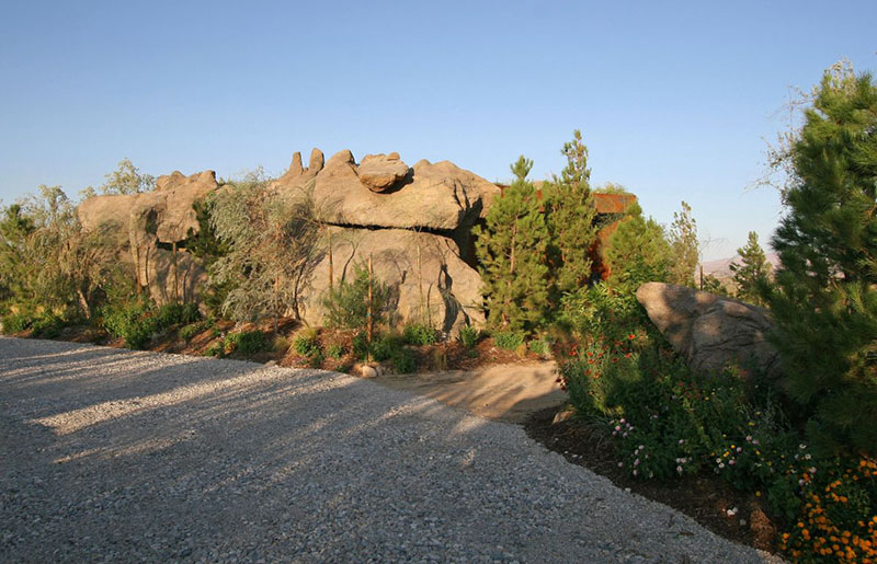 Joshua Tree Boulder House 5