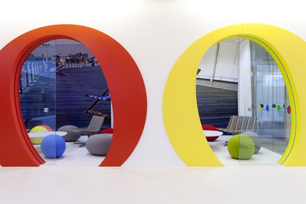 Google London Office Interior design by Scott Brownrigg 4