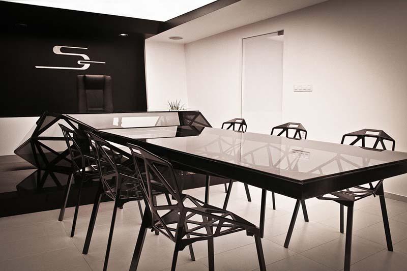 Hybrid office desk and conference table by Jovo Bozhinovski 1