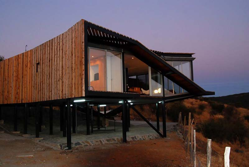 The Kiltro House by Supersudaka Architects 5