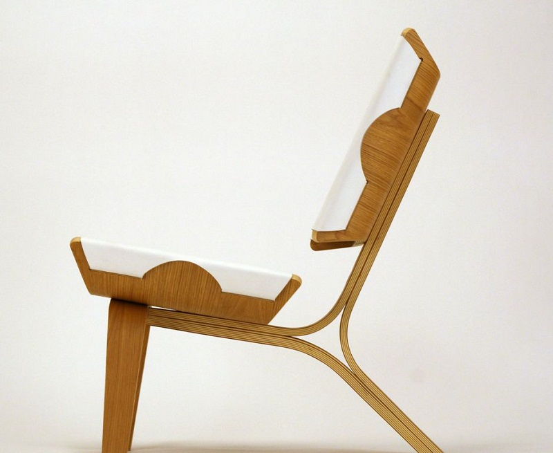 Kurven Chair made of Bent Plywood and Leather by Cody Stonerock 2