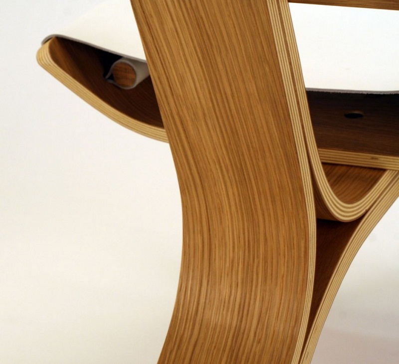 Kurven Chair made of Bent Plywood and Leather by Cody Stonerock 6