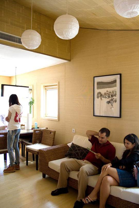 Eco-Friendly Sustainable Bamboo Solar House 6