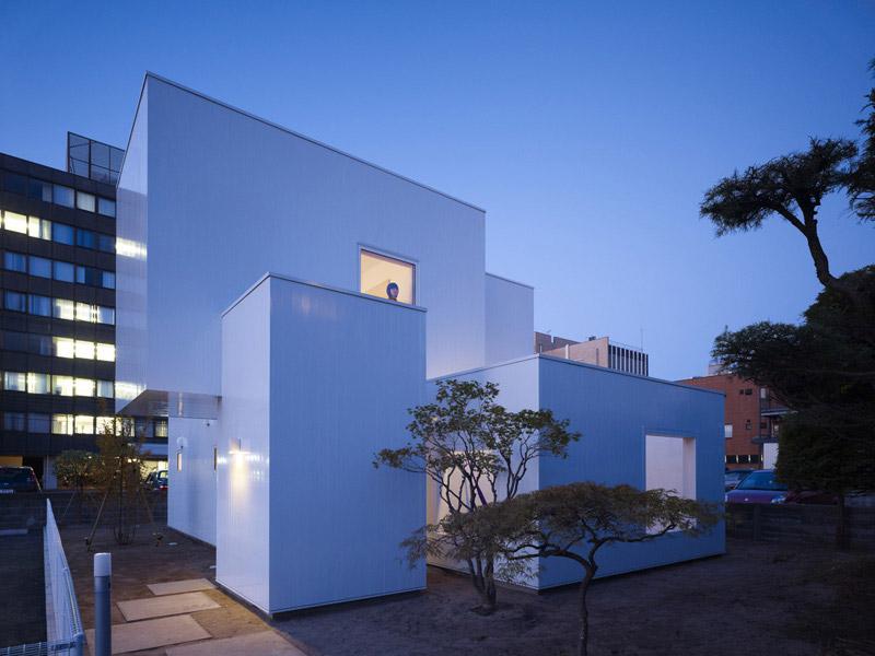 House I by Yoshichika Takagi 1