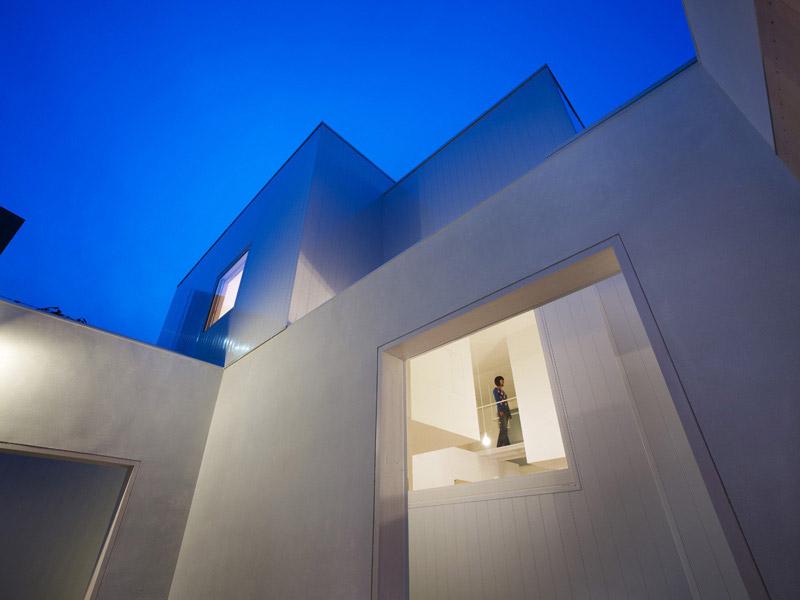 House I by Yoshichika Takagi 2