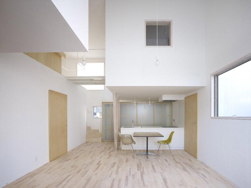 House I by Yoshichika Takagi 4