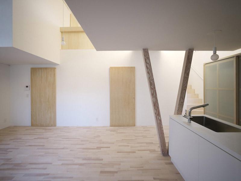House I by Yoshichika Takagi 6