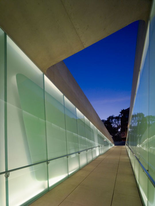Los Angeles Museum of the Holocaust by Belzberg Architects 11
