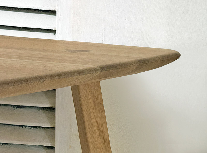 Stix Table by Dan Yeffet Design Studio 3