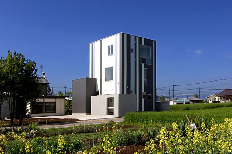 Minimalist Modern Living Space by Studio Green Blue 1