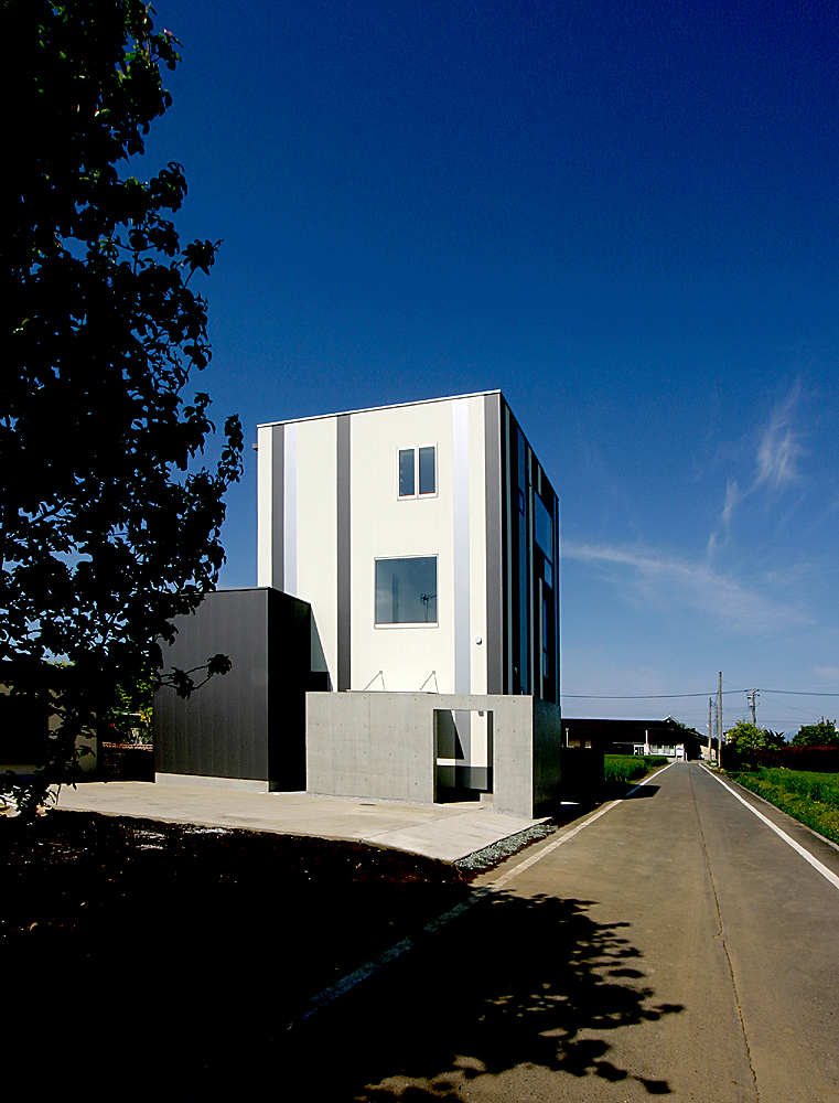 Minimalist Modern Living Space by Studio Green Blue 2