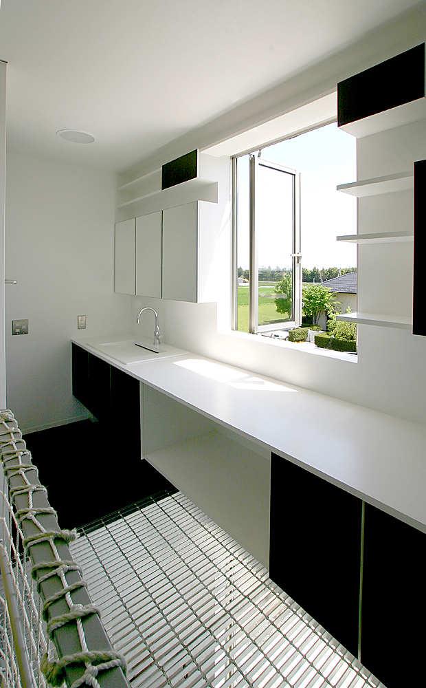 Minimalist Modern Living Space by Studio Green Blue 8