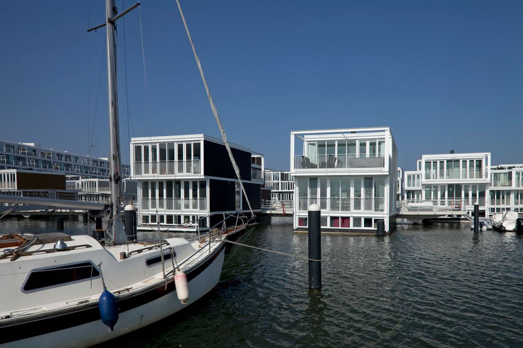 Hybrid of a House and a Boat - Waterdwellings on IJburg 3