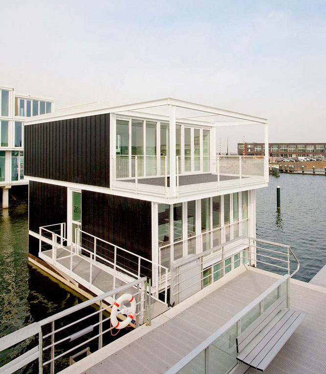 Hybrid of a House and a Boat - Waterdwellings on IJburg 4