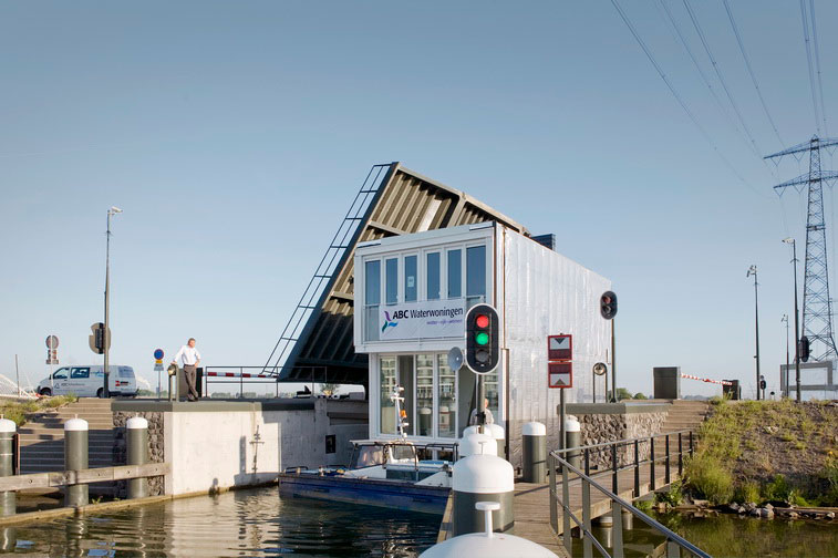 Hybrid of a House and a Boat - Waterdwellings on IJburg 6