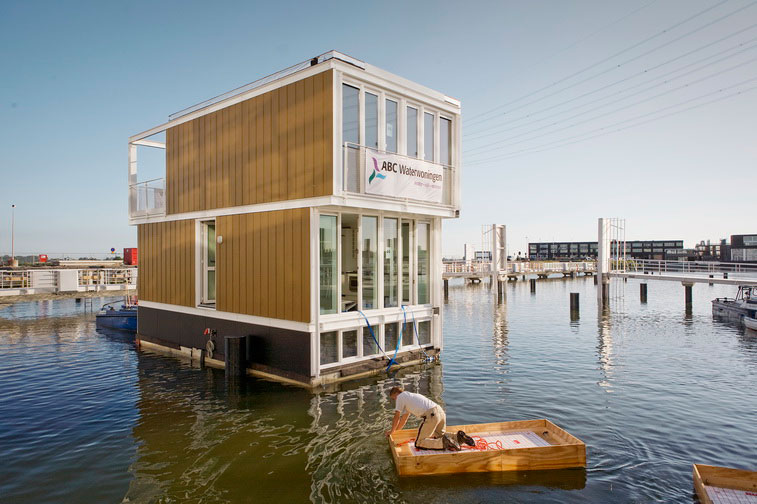 Hybrid of a House and a Boat - Waterdwellings on IJburg 7