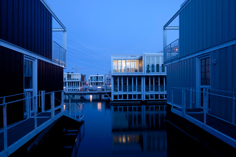 Hybrid of a House and a Boat - Waterdwellings on IJburg 8