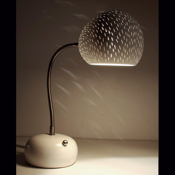 Claylight Porcupine Desk lamp by Sharan Elran 3