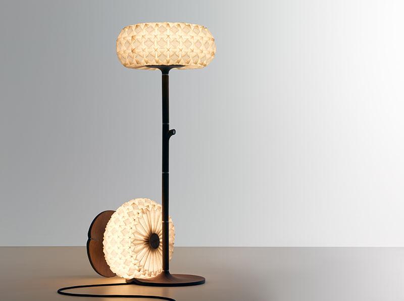 Molecules floor lamp