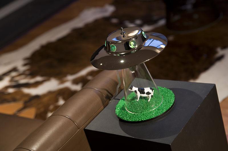 Alien Abduction Lamp 1