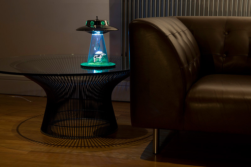 Alien Abduction Lamp 3
