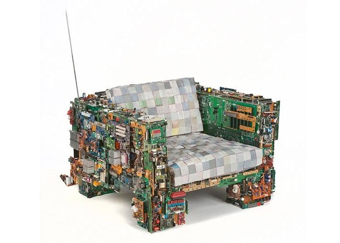 Binary Chair by BRC Design