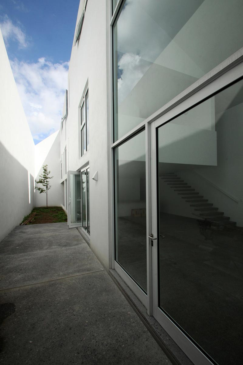 Casa de Uno by Dear Architects 5