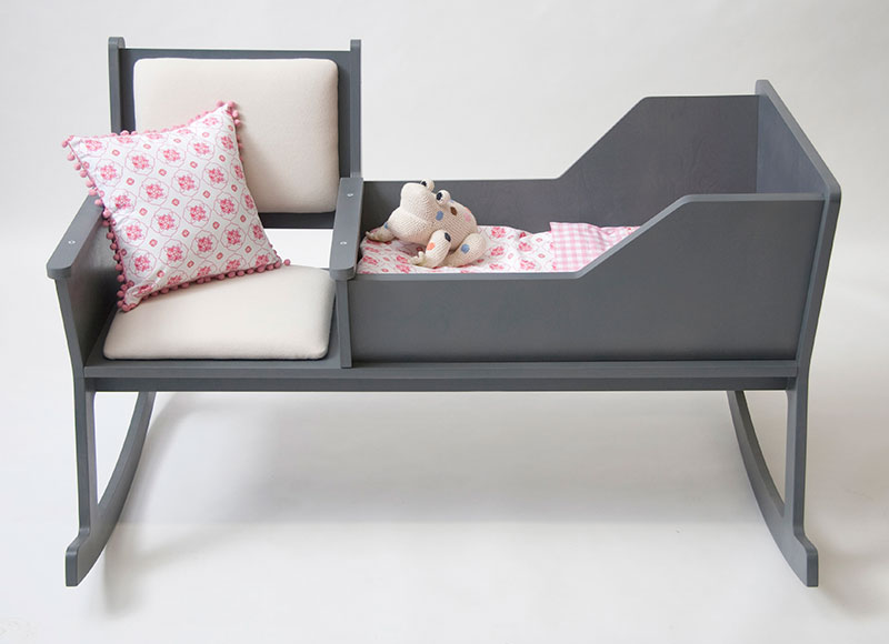 Rockid A rocking chair and cradle in one 3