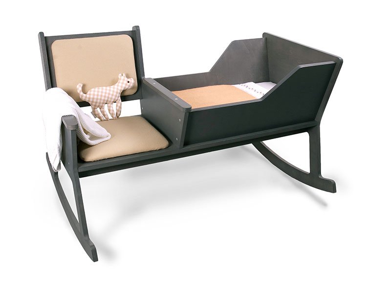 Rockid A rocking chair and cradle in one 6