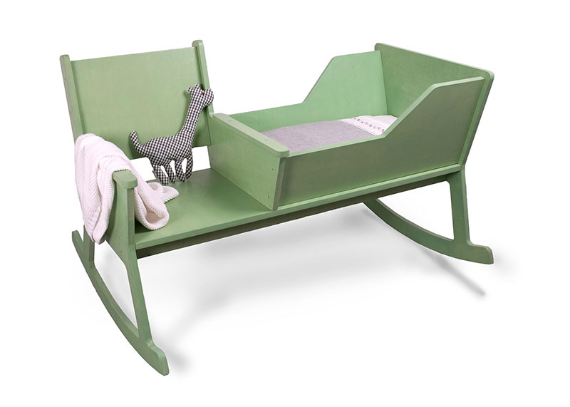 Rockid A rocking chair and cradle in one 7