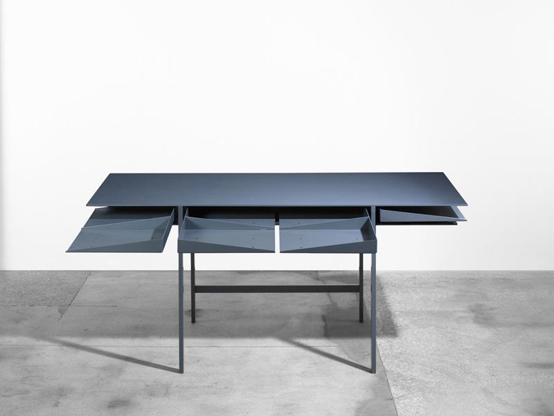 Folia Desk 4