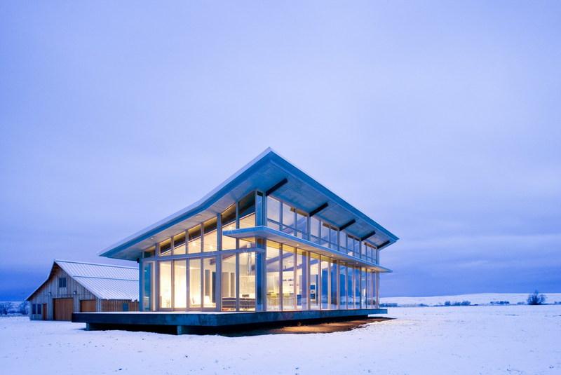 Glass Farmhouse 1