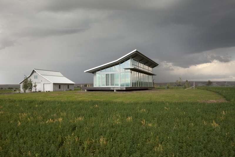 Glass Farmhouse 8