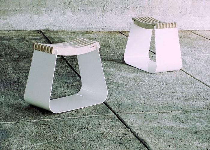 Henri Stool Design 1