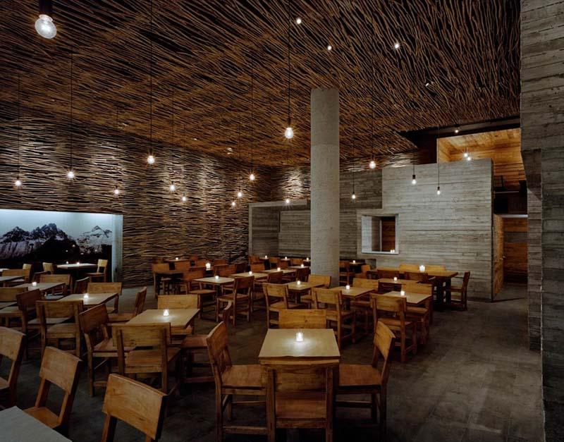 Pio Pio Restaurant Interiors 5
