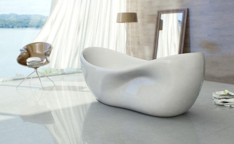 Charme bathtub design