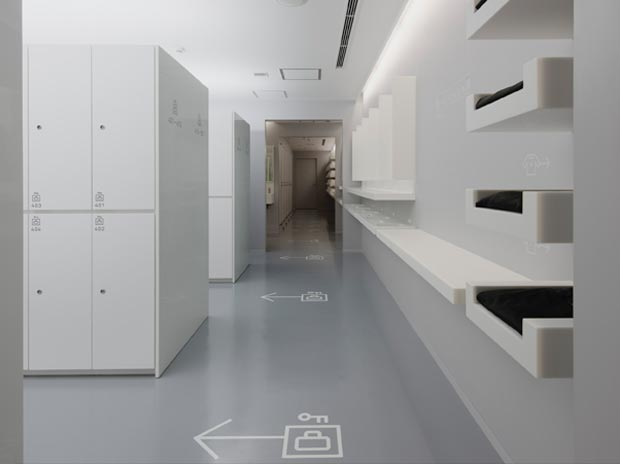 Nine Hours compact capsule hotel 6