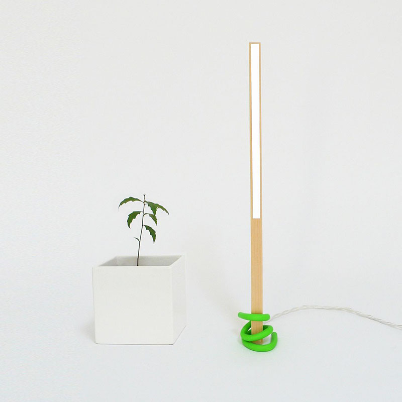 1x1 desk lamp 2