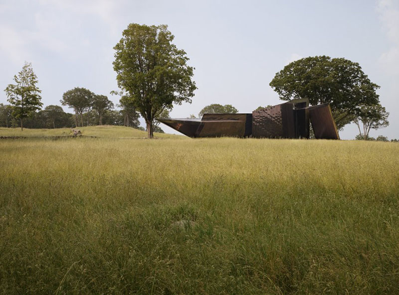 18.36.54 House by Daniel Libeskind 12
