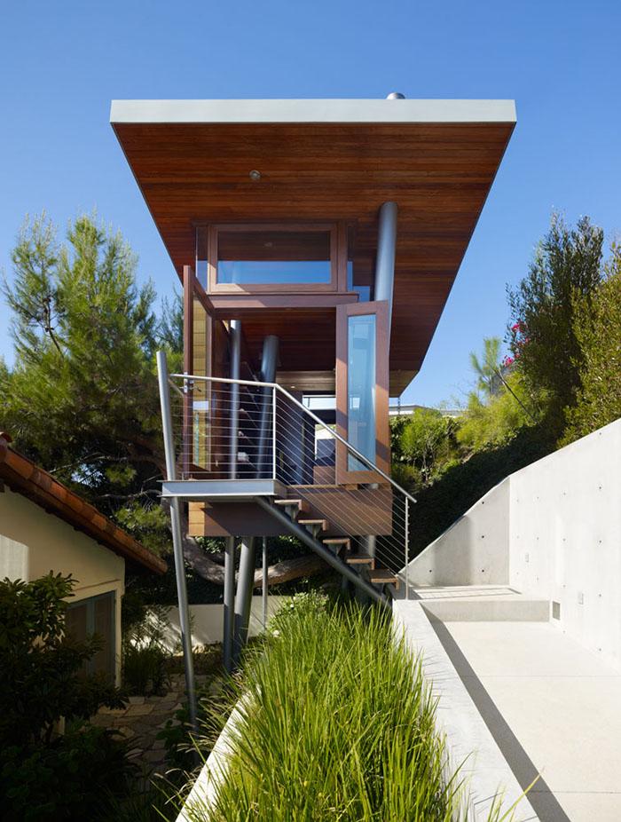 Banyan Drive Treehouse 2
